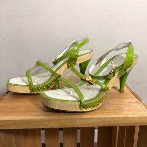 Louis Vuitton chartreuse & vinyl heels ✅🌿